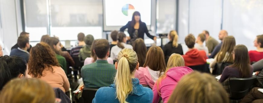 ucat-blog-a-day-in-the-life-of-a-double-degree-medical-student-at-usyd-lectures
